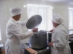 Кабмин сократил нормы ежедневного питания в учреждениях