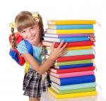 Как собрать ребенка в школу: ТОП-10 базовых вещей