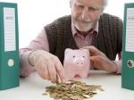 Как украинцу накопить на пенсию