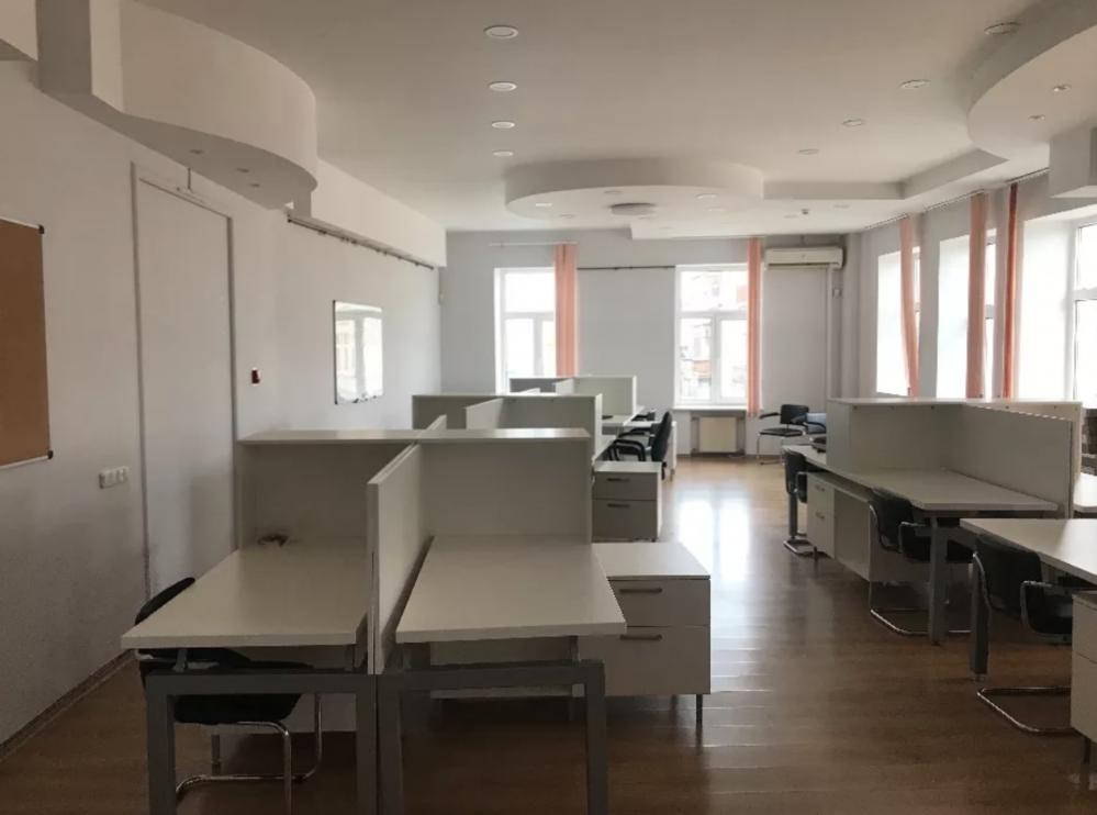 Офис 100м2 в минуте от метро пр-т Гагарина