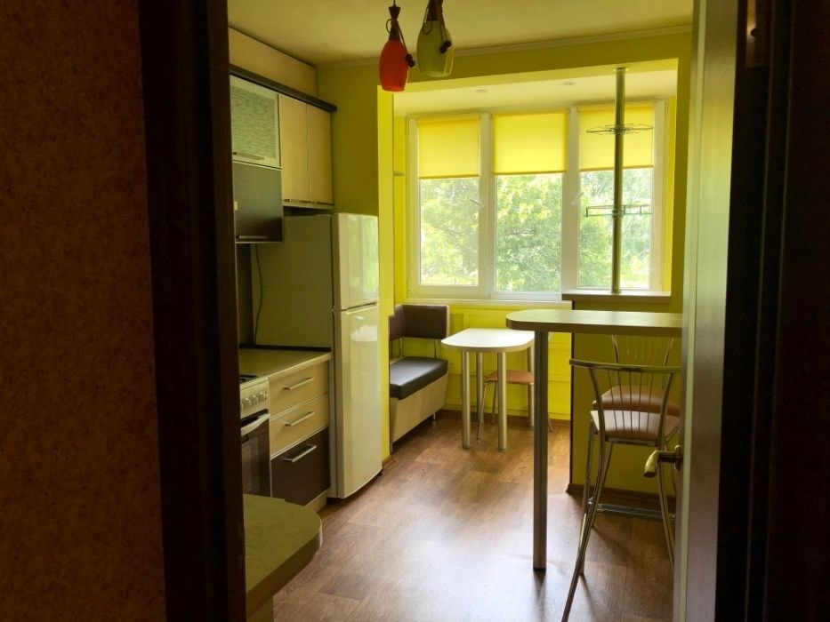 Продам 1 комнатную улучшенку 44м2 с ремонтом на Северной Салтовке