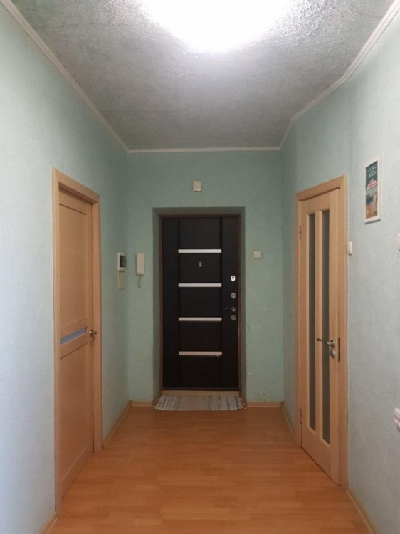 Продам 3 комнатную 98м2 в новострое МЖК Интернационалист Сев.  Салтовк