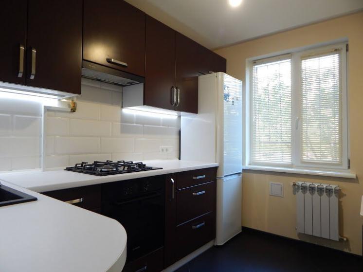 Продам 3 комнатную улучшенку с ремонтом на Северной Салтовке-2