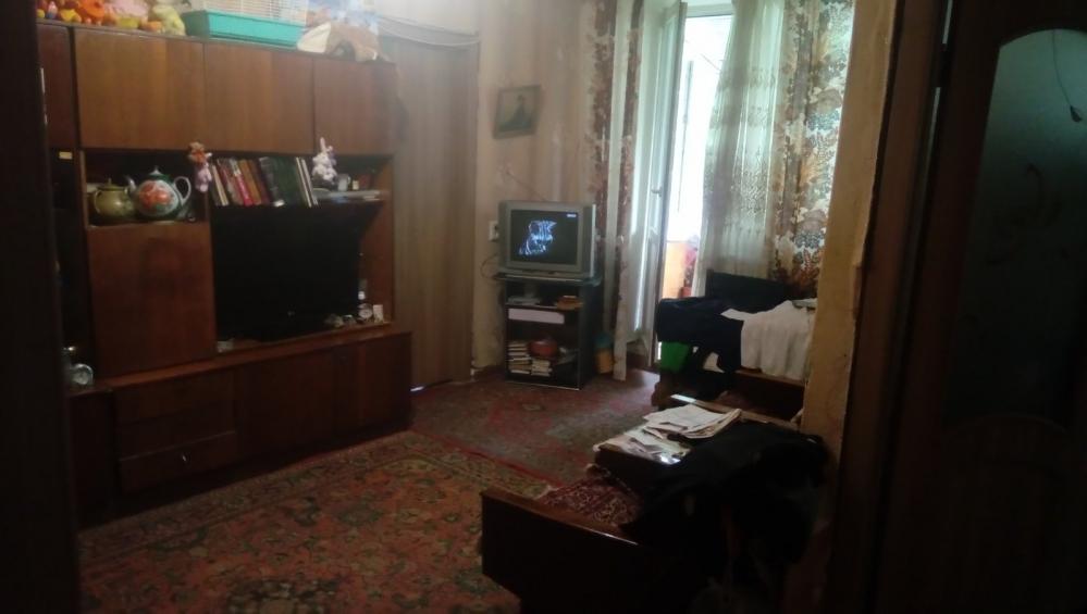 Продам двухкомнатную квартиру на Холодной горе