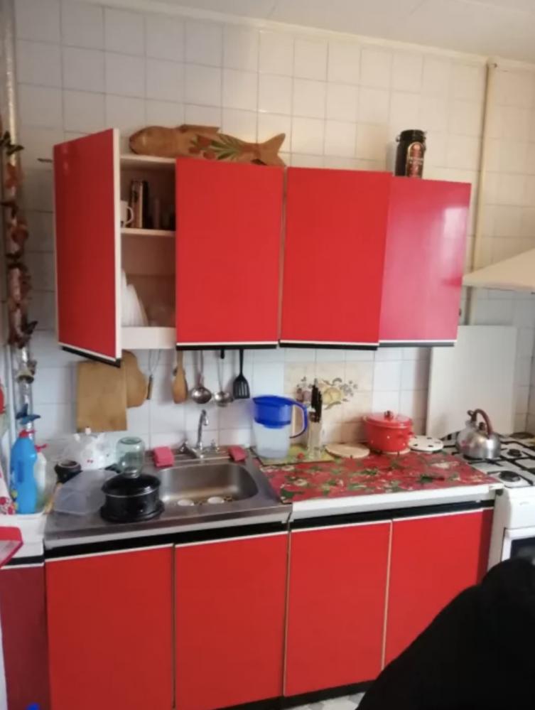 Продам теплую трехкомнатную квартиру в 607 микрорайоне на Салтовке