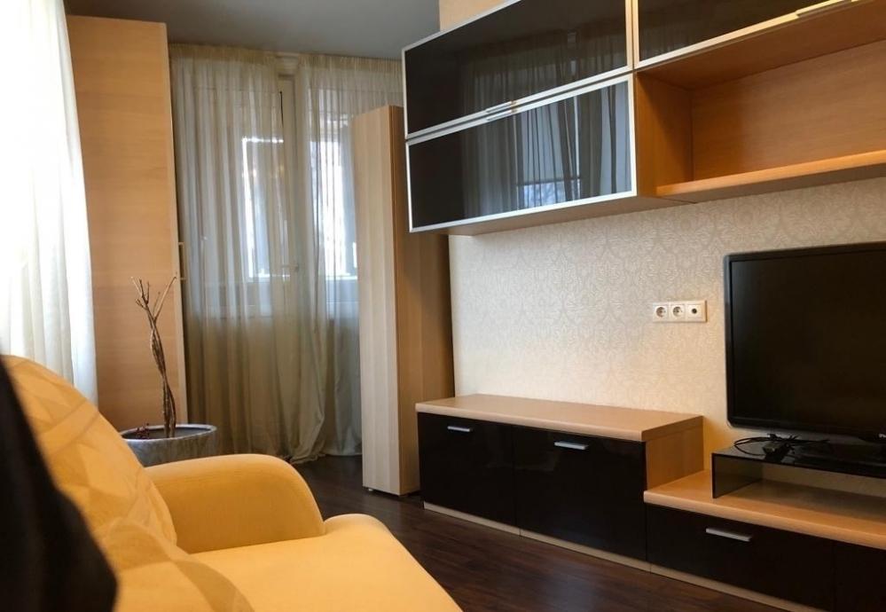 Уютная квартира с дизайнерским ремонтом на Героев Труда