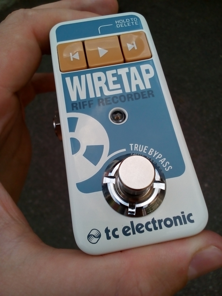 Продам педаль для электрогитары TC Electronic WireTap Riff Recorder