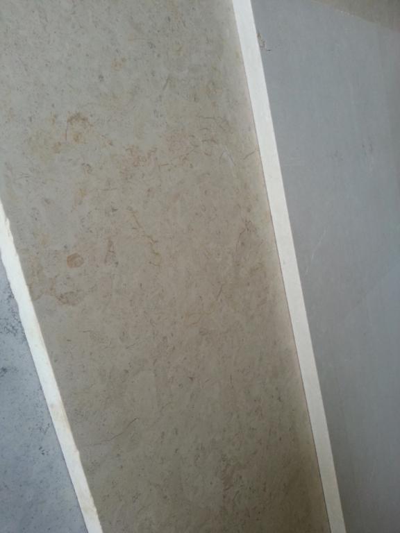 Фальш-стены и перегородки из оникса и мрамора;    Перила и балясины