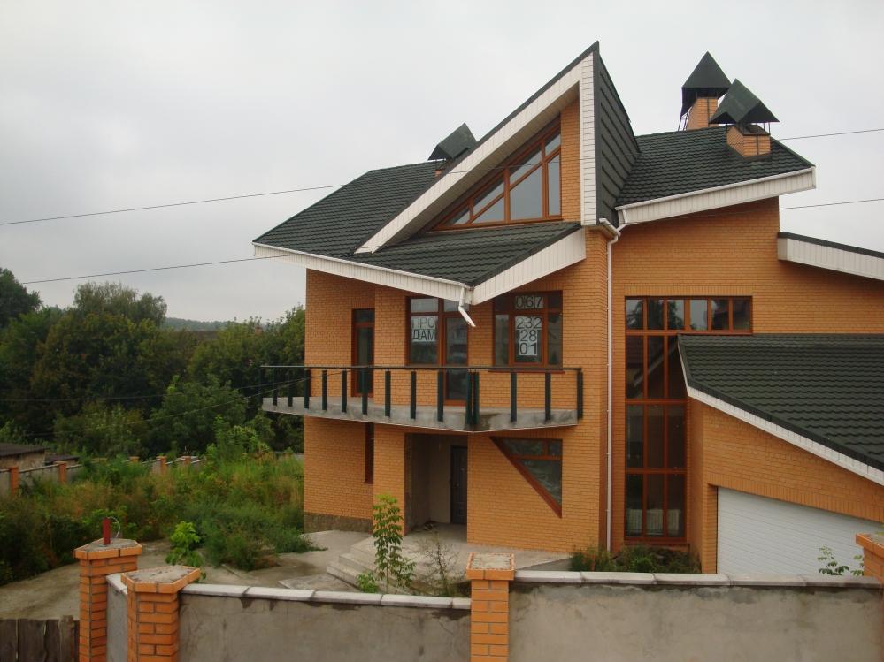 Продам новый дом в Киеве (663 кв. м.  / 19 соток приват.  земли) .