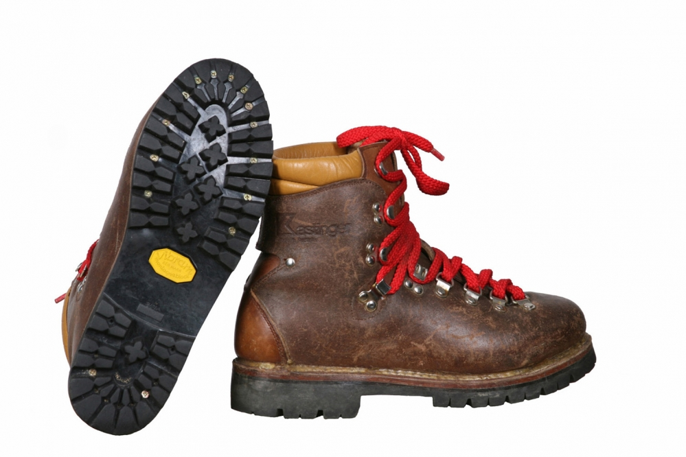 Горные ботинки.    Размер 39/25 см.    Туризм,    альпинизм.