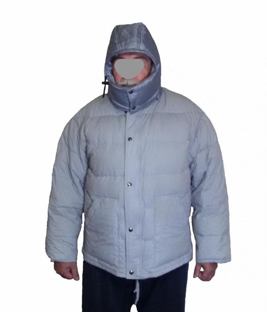Куртка пуховая.      На рост 170.      Туризм,      альпинизм.